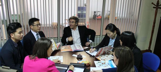 Los importadores chinos alaban la calidad de los productos que elaboran las empresas ourensanas que visitan