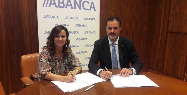 Abanca respaldará iniciativas dos comerciantes a través dun convenio de colaboración