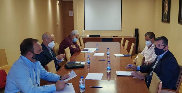 La Comisión de Infraestructuras y PXOM de la CEO pide al Gobierno que enmiende en los PGE 2021 las partidas dirigidas a apoyar las infraestructuras pendientes en la provincia